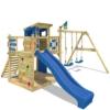 WICKEY Stelzenhaus Smart Camp Holzspielhaus Spielturm Kletterturm mit schrägem Holzdach Doppelschaukel Sandkasten Kletterwand, blaue Plane + blaue Rutsche - 1